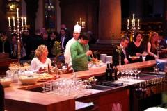 02-12-klFinal4_2010_Vieten_Party_3860