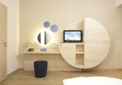 zimmer_04_h2_hotel_berlin-713×475