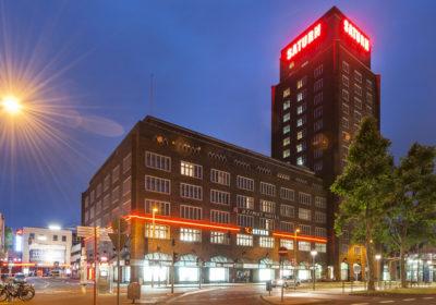 Hotel outside night_1